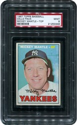 1967 Topps Baseball Cello Pack (Mickey Mantle-Top)