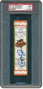 19956 Ripken breaks Gehrig's streak