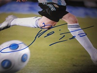 Lionel Messi Signed Photo (Closeup)