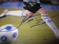 Lionel Messi Signed Photo (Closeup)