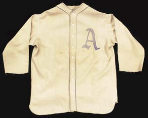 1928 Ty Cobb game-used/autographed home jersey brings $236,500