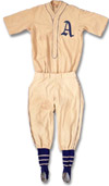 This complete Lefty Grove uniform sold<br>in excess of $100,000 at auction.