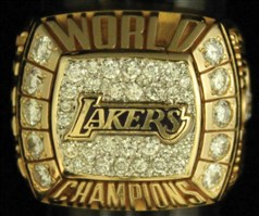 LA Lakers 2000 Championship Ring