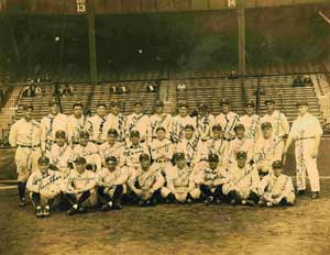 Signed 1927 Yankee Team photo